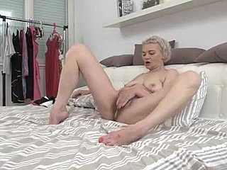 Housewife, Teen, Blonde, Masturbation, Fingering, High definition, Hairy